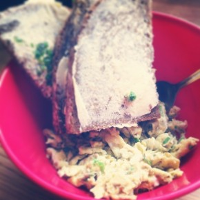 drugie-sniadanie-jajecznica